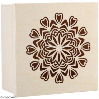 Boîte en bois ajourée à décorer - Mandala coeurs - 15 x 15 x 7,5 cm