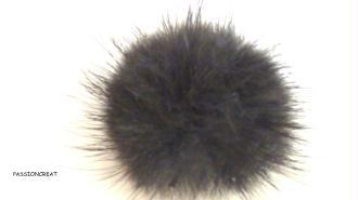 2 Pompon Fourrure Noir 30mm 3cm