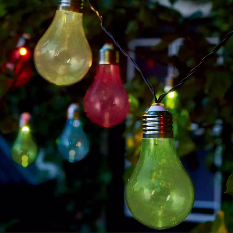 luxform guirlande lumineuse sur batterie avec 10 led color es accessoires pour luminaires. Black Bedroom Furniture Sets. Home Design Ideas
