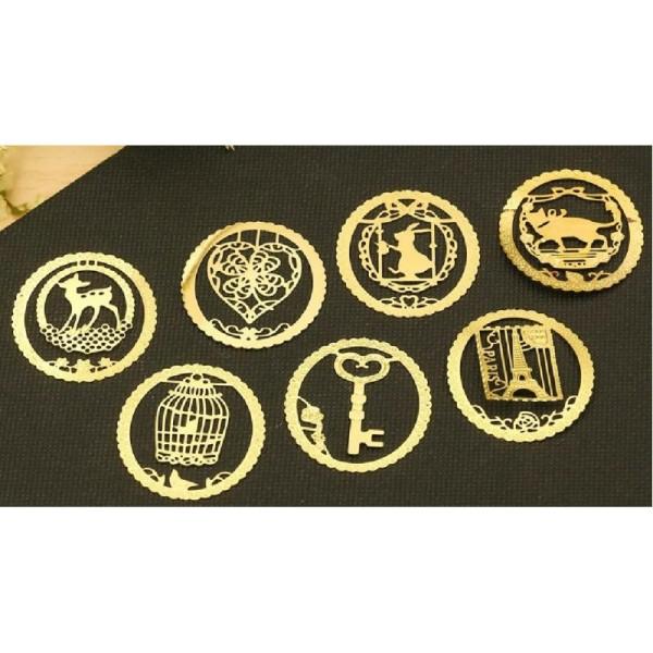 Marque pages en métal doré clé - Photo n°2