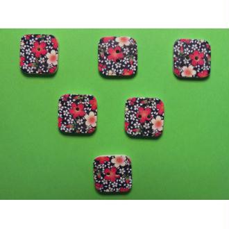 LOT 6 BOUTONS BOIS : carré motif fleur 15mm (n°07)