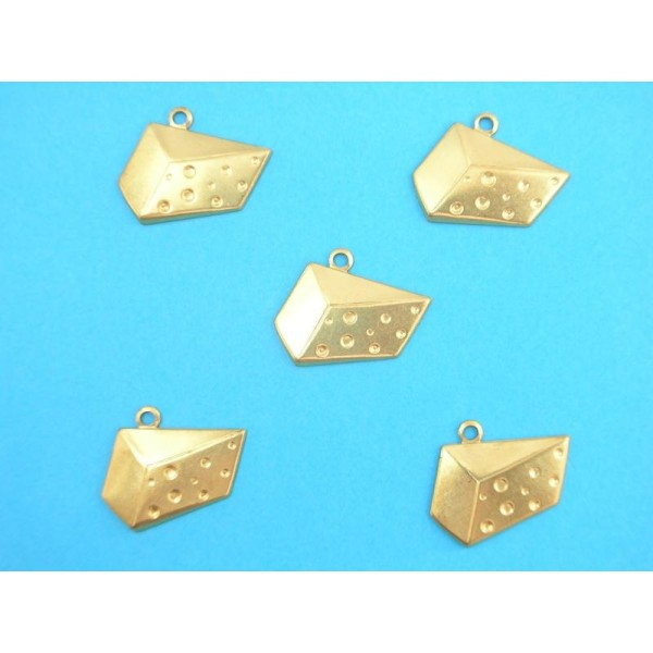 LOT  5 CHARMS METALS DORES : gruyere 20 mm - Photo n°1