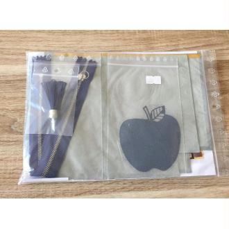Kit trousse en cuir gris et motif pomme bleu marine