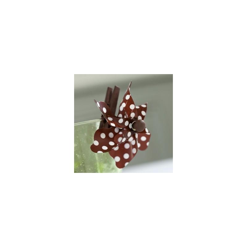 Pinces moulin vent x4 chocolat blanc mini pinces for Par a vent exterieur