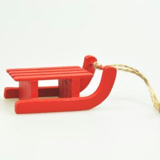 Luge en bois rouge à suspendre