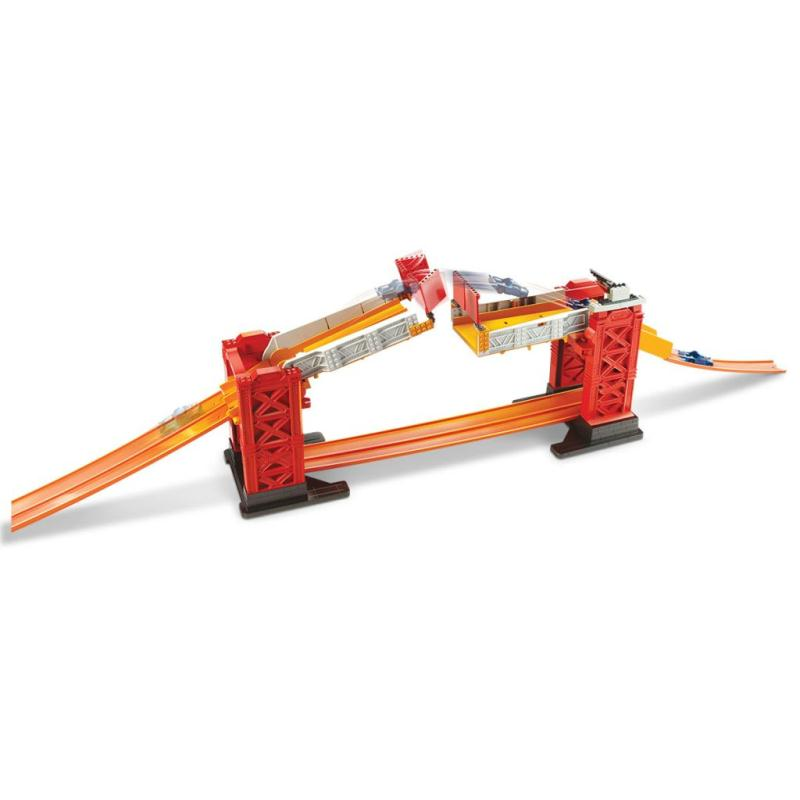 hot wheels kit de circuit de voiture jouet dww97 jouets mixtes creavea. Black Bedroom Furniture Sets. Home Design Ideas