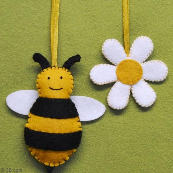 Mini Kit feutrine - L'abeille et sa fleur - Photo n°2