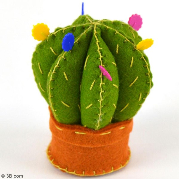 Mini Kit feutrine - Coussin à épingles cactus - Photo n°2