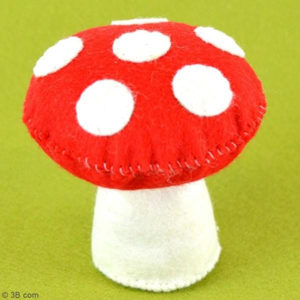 Mini Kit feutrine - Le champignon coussin à épingles - Photo n°2