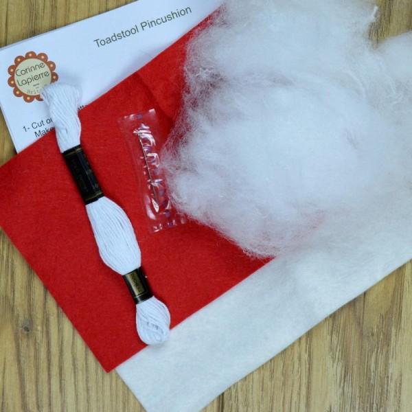 Mini Kit feutrine - Le champignon coussin à épingles - Photo n°3