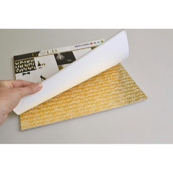 Assortiment 30X30 'Artemio - Gold Noir Dore Blanc Effet Dore Glitter' Qte 40 Pages - Photo n°2