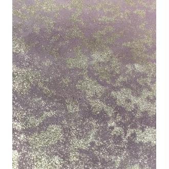 Morceaux de cuir violet parme doré