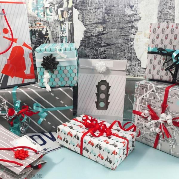 Feuille papier cadeau Clairefontaine - 50 x 70 cm - Ville - 10 pcs - Photo n°2