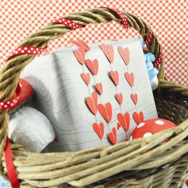 Guirlande décorative Clairefontaine - Coeurs rouges - 2,7 m - Photo n°2