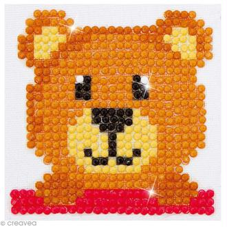 Petit Kit broderie Diamond painting - Diamond Dotz - Nounours - 7,6 x 7,6 cm