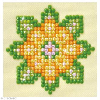 Petit Kit broderie Diamond painting - Diamond Dotz - Fleur mandala orange - 7,6 x 7,6 cm