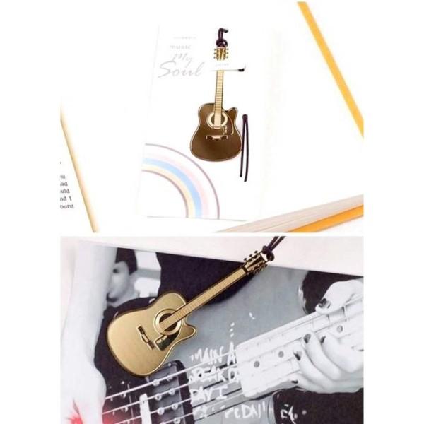 Marque pages signet en métal doré guitare - Photo n°1