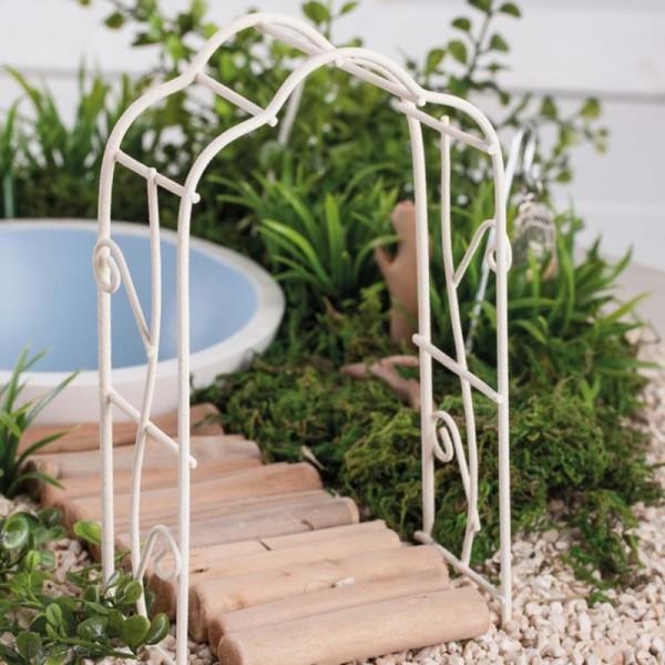 Décoration de jardin miniature - Petite pergola en fer blanc - 5 x 10 cm - Photo n°2