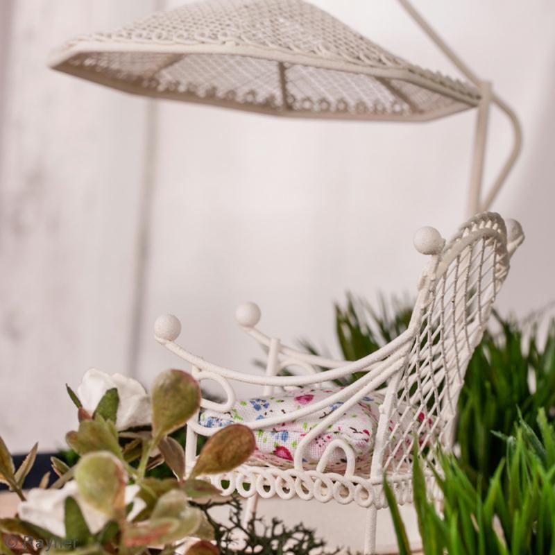 D coration de jardin miniature parasol en fer blanc 10 for Deco jardin miniature