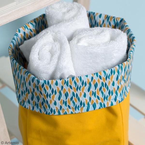 Coupon de tissu Toile cirée Crafty cotton - Flammes géométriques - Fond Blanc - 145 x 110 cm - Photo n°3