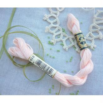 Coton Perlé n°5 DMC 819 rose pâle - 25 mètres