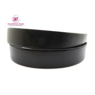 Lanière cuir plat 20mm noir - Europe - 20cm