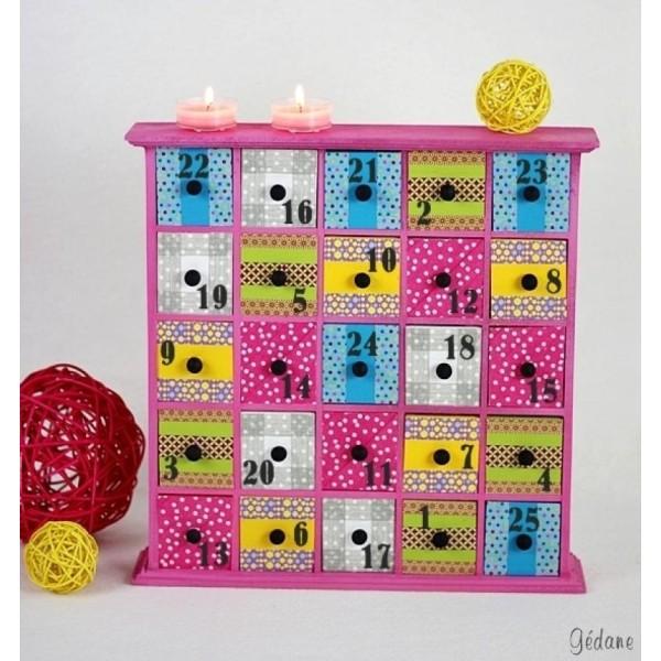 Meuble 25 tiroirs calendrier de l'Avent - Photo n°4