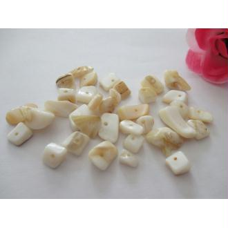 Lot de 30 gr de perles chips beige