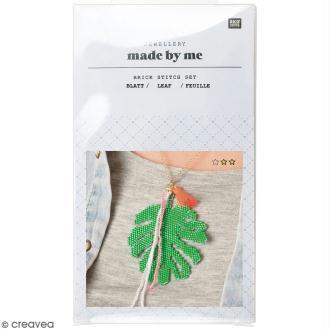 Kit brick stitch - Pendentif Feuille tropicale à pompon