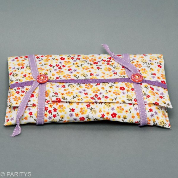 Coupon tissu patchwork N°14 - Fleuris - 50 x 50 cm - Photo n°2
