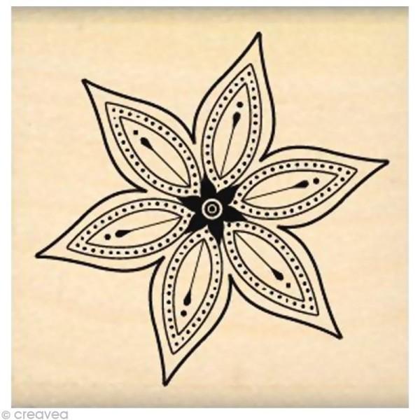 Tampon Nature - Petite fleur star - Photo n°1