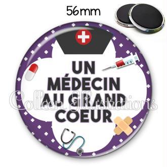 Magnet 56mm Médecin au grand cœur