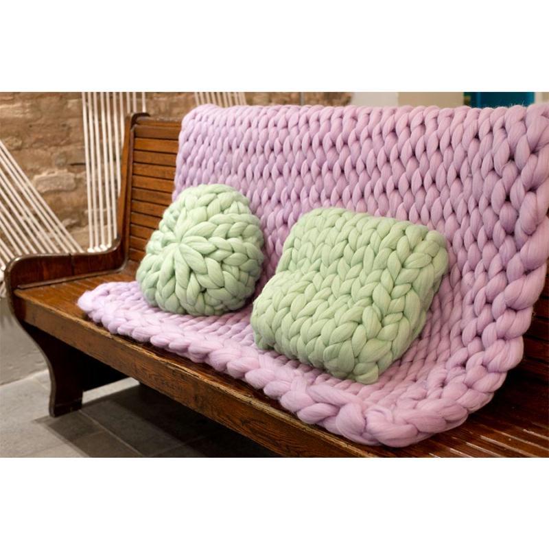4 kilos de laine kit de tricot g ant avec laine et for Le geant du meuble la valette
