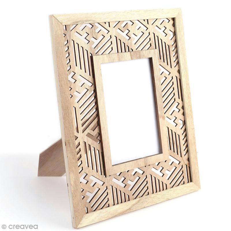 cadre photo en bois d corer g om trique ethnique 24 x 29 cm cadre photo d corer creavea. Black Bedroom Furniture Sets. Home Design Ideas