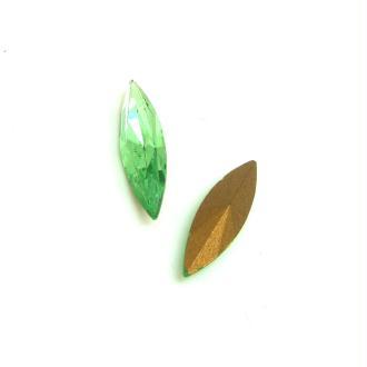 Lot 2 Navettes Cristal Swarovski  Facetté Vintage Vert Peridot - 15*4 mm