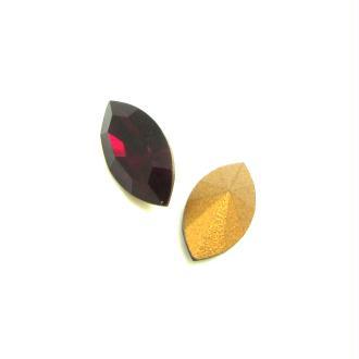 Lot 2 Navettes  Cristal Swarovski Facetté Rouge Siam- 10*5 mm