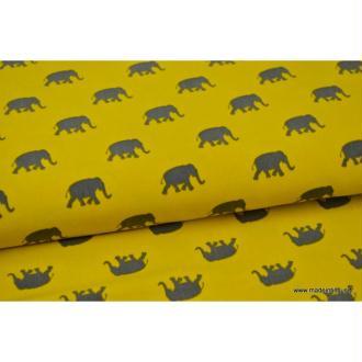 Tissu Microfibre Pearl Peach fluide imprimé éléphants gris sur moutarde .x1m