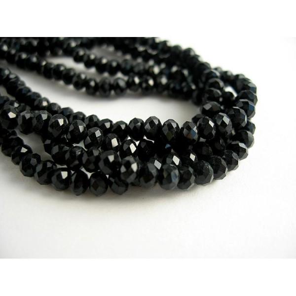 P2-04 50 à facettes perles de verre 4 MM NOIR