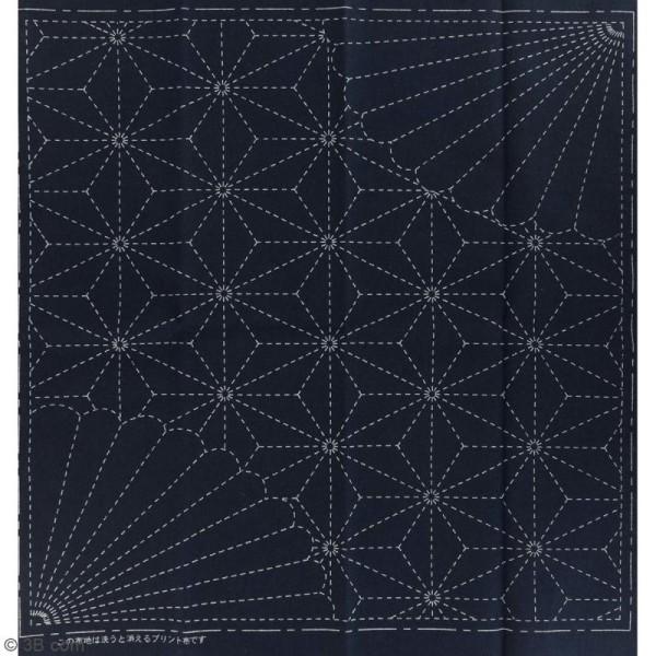 Coupon de tissu Bleu Sashiko pré-imprimé - Asanoha (feuille de lin) coin fleur - 31 x 31 cm - Photo n°2