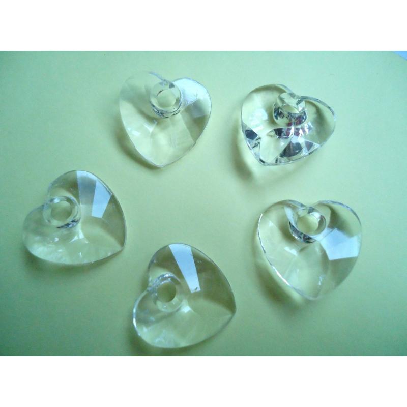 Lot 50 coeurs 28 mm transparent pour bijoux breloque for Amoure de cuisine chez soulef