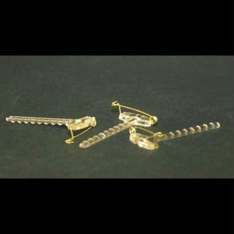 Gala clip transparent ou support de boutonnière. Vendus par 3