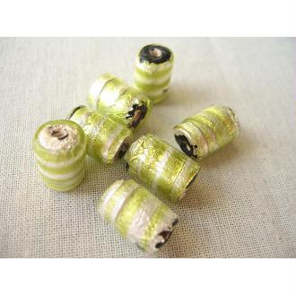 3 Perles en verre vert anis argent tonneau 15x10mm