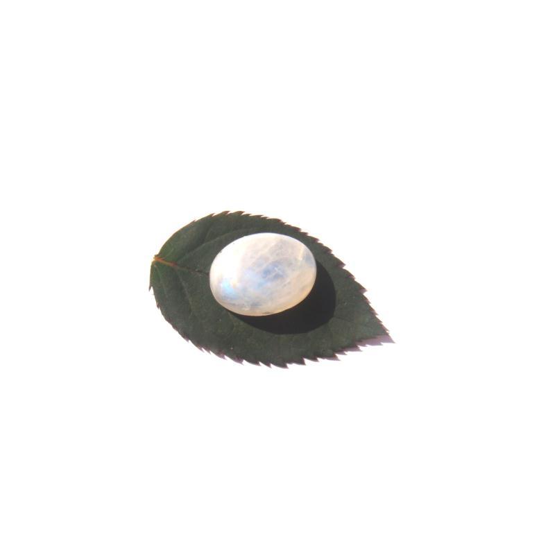 pierre de lune arc en ciel cabochon ovale 16 mm x 11 mm x 10 mm pierres fines creavea. Black Bedroom Furniture Sets. Home Design Ideas