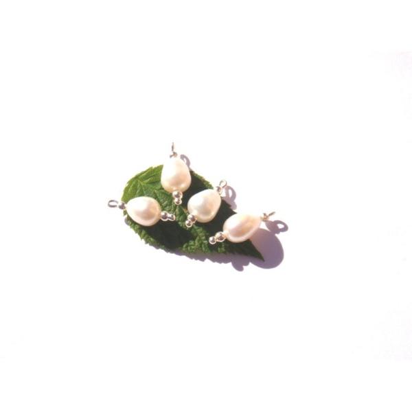 Perles d'Eau Douce : 4 MICRO breloques 17 MM de longueur x 9 MM - Photo n°1