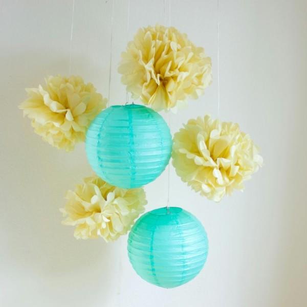 Lot de lanternes et pompons en papier - mint et vanille - 6 pièces - Photo n°3