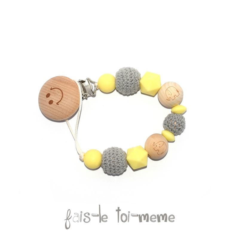 Attache t tine bois perles en bois crochets et - Perle en bois pour attache tetine ...
