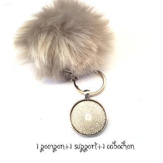 Kit Porte clés à décorer pompon inclus support pendentif et cabochon 30MM, couleur gris