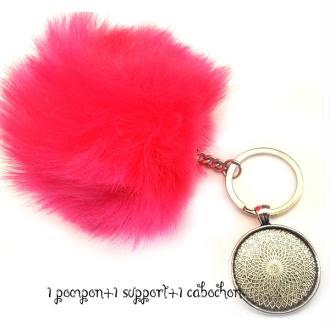 Kit Porte clés à décorer pompon inclus support pendentif et cabochon 30MM, couleur  rose