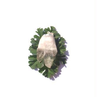 Cristal de Roche brut : Pendentif double pointe  5,1 CM de hauteur