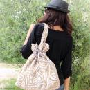 Grand sac seau en jute naturelle - Feuilles - Violet - 43 x 45 cm - Photo n°2
